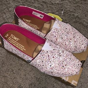 NWT TOMS Candy Cane Glitter Alpargata Flat